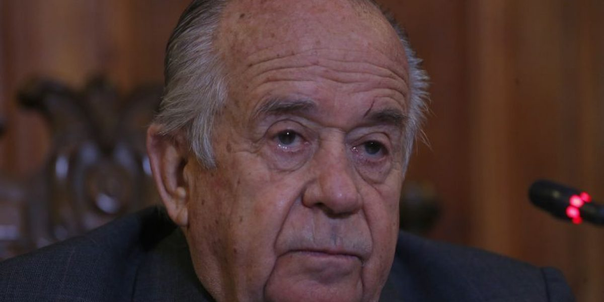 Senador Zaldívar: cambio de gabinete