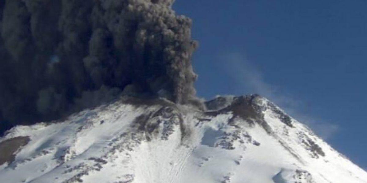 Fuerte actividad volcánica se registra en los Nevados de Chillán