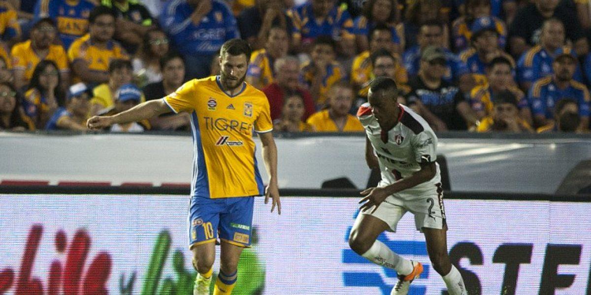 Barcelona mira a la estrella del fútbol mexicano para potenciar su delantera