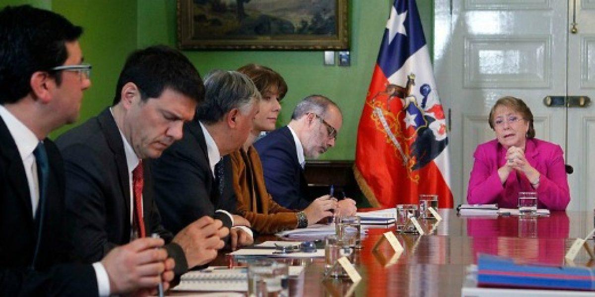 Presidenta encabeza reunión de gabinete económico en medio de discusión por sistema de AFP