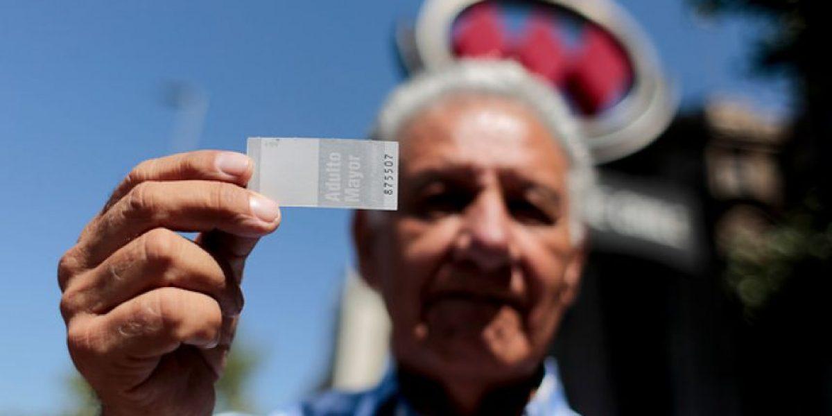 Más de 30 mil adultos mayores se inscribieron para acceder a tarifa rebajada en Metro