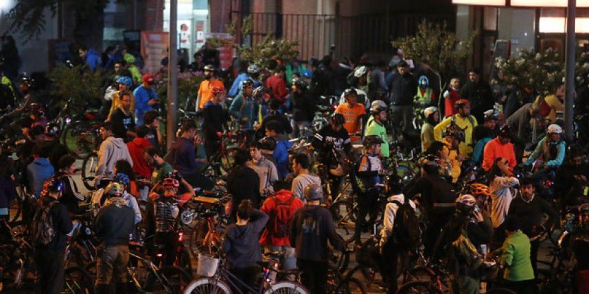 Primer martes del mes y las cicletadas masivas se toman Santiago y otras 10 ciudades de Chile