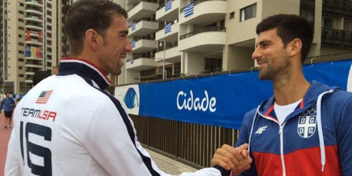 El notable encuentro entre Phelps y Djokovic en la Villa Olímpica
