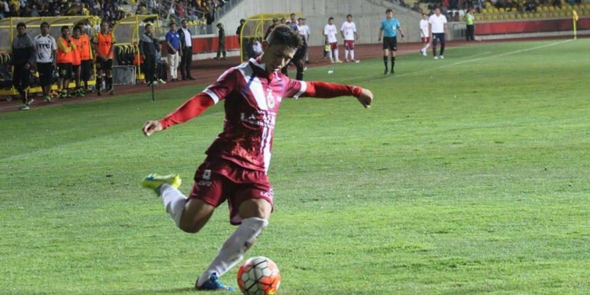 Joaquín Montecinos está preparado para regresar tras dura fractura de tibia y peroné