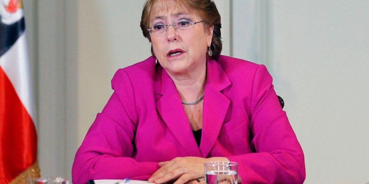Adimark: Bachelet mantiene su aprobación histórica más baja y rechazo llega al 73%