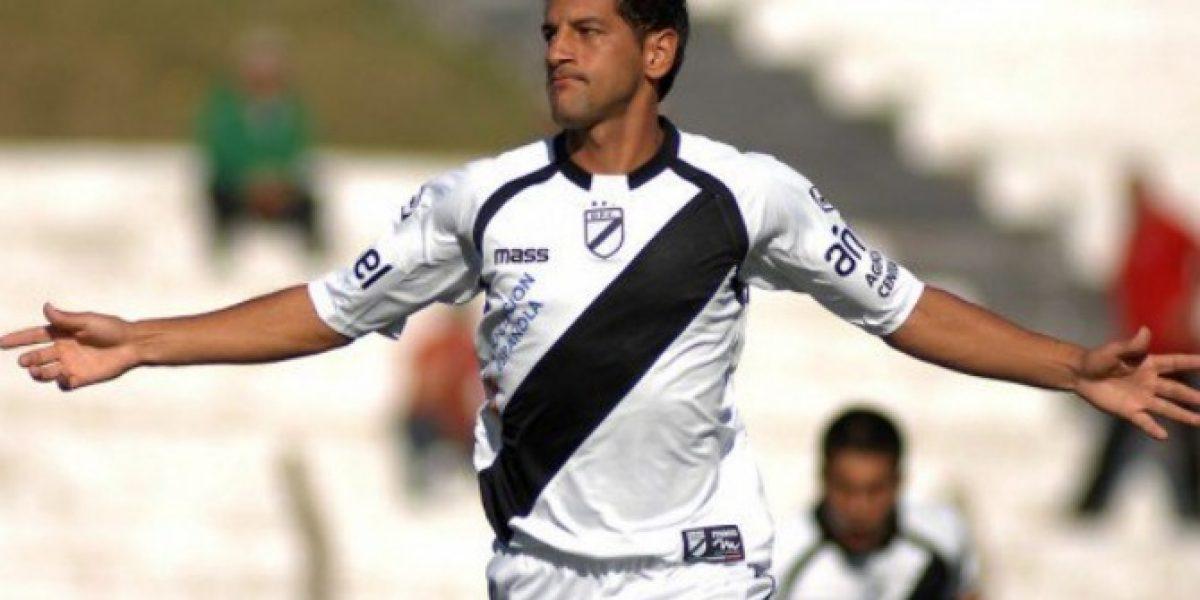 Santiago Wanderers cierra el plantel de Espinel con fichaje de delantero uruguayo