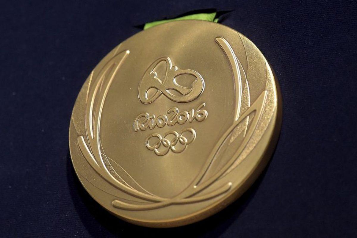 os metales fundidos de una medalla de oro tiene un valor de 587 dólares Foto:Getty Images. Imagen Por: