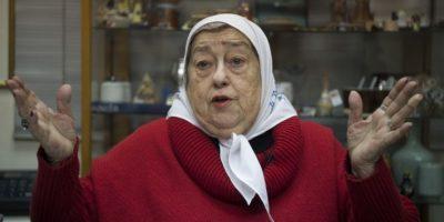 Levantan orden de detención contra líder de Madres de Plaza de Mayo