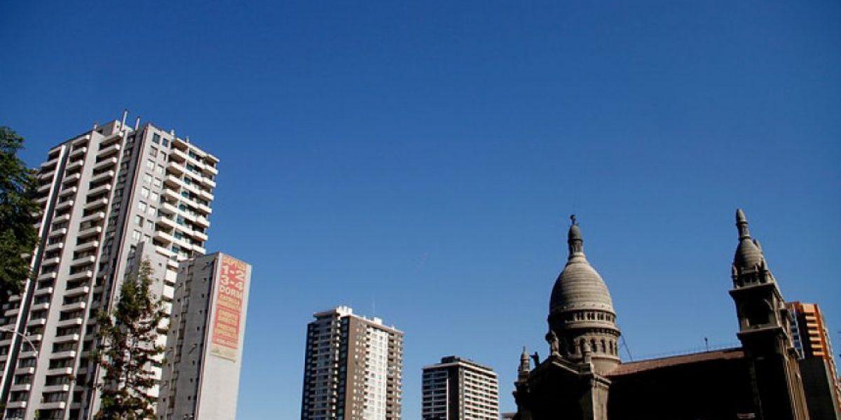 Día del Arquitecto: los hitos urbanísticos de Santiago según 3 profesionales chilenos