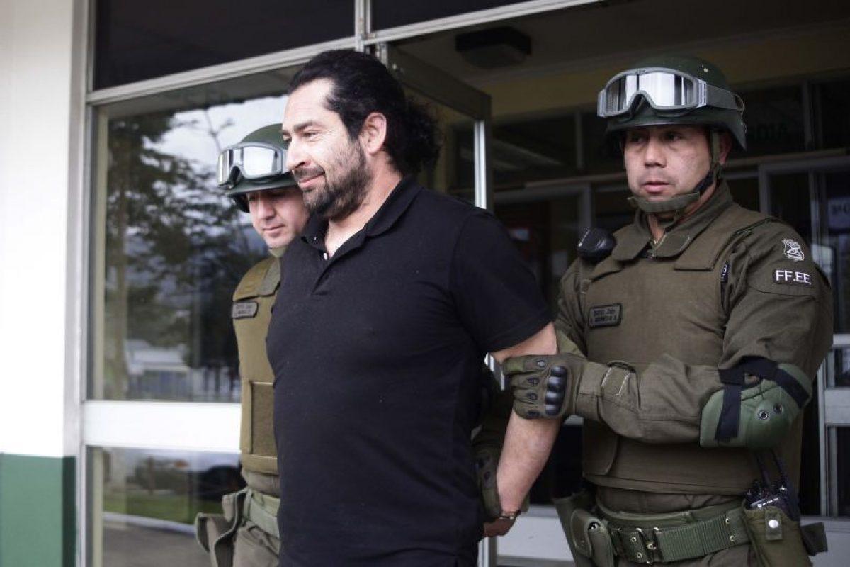 El fotógrafo Felipe Durán durante su detención en Padre Las Casas. Foto:Archivo Agencia Uno. Imagen Por:
