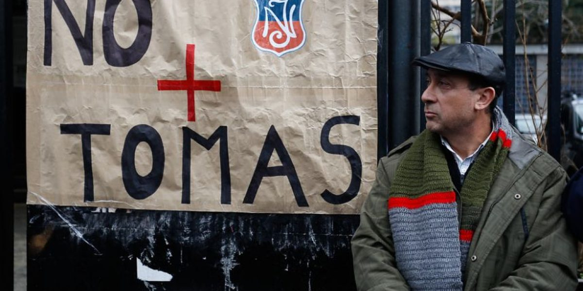 Apoderados del Instituto Nacional se organizan para tomar acciones legales contra responsables de tomas