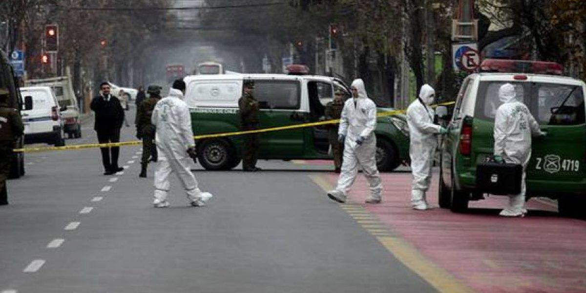 Delincuentes roban más de $110 millones desde sucursal bancaria en Las Condes