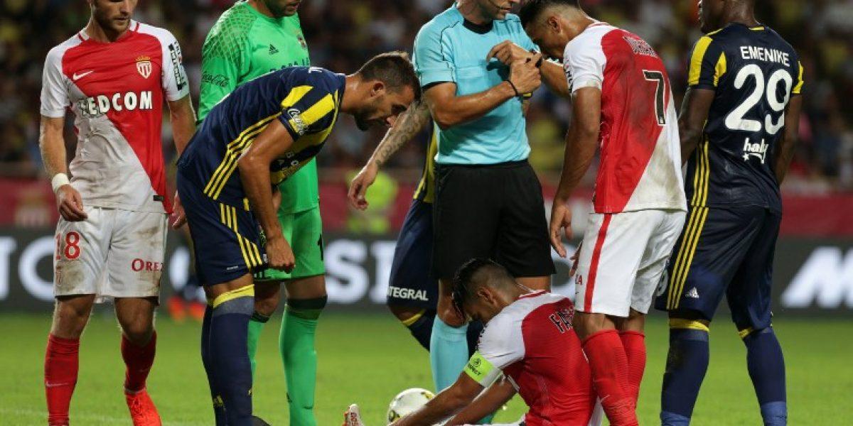 La pesadilla del colombiano Falcao con las lesiones suma un nuevo capítulo