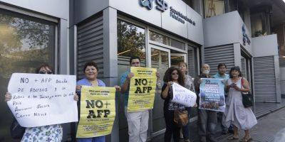 Ex superintendente de pensiones presentó propuesta para mejorar jubilaciones