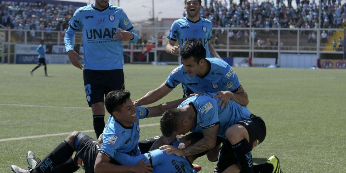 Iquique aprovechó los errores de Temuco para alcanzar la cima del Apertura