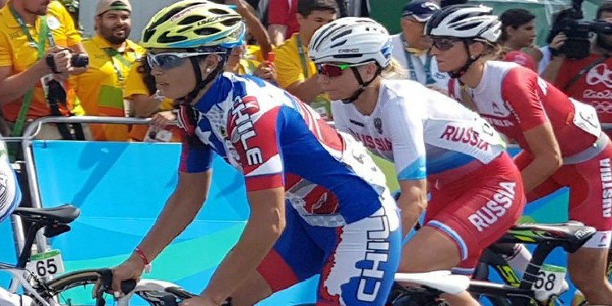 Paola Muñoz luchó, pero no pudo terminar en el ciclismo ruta de Río