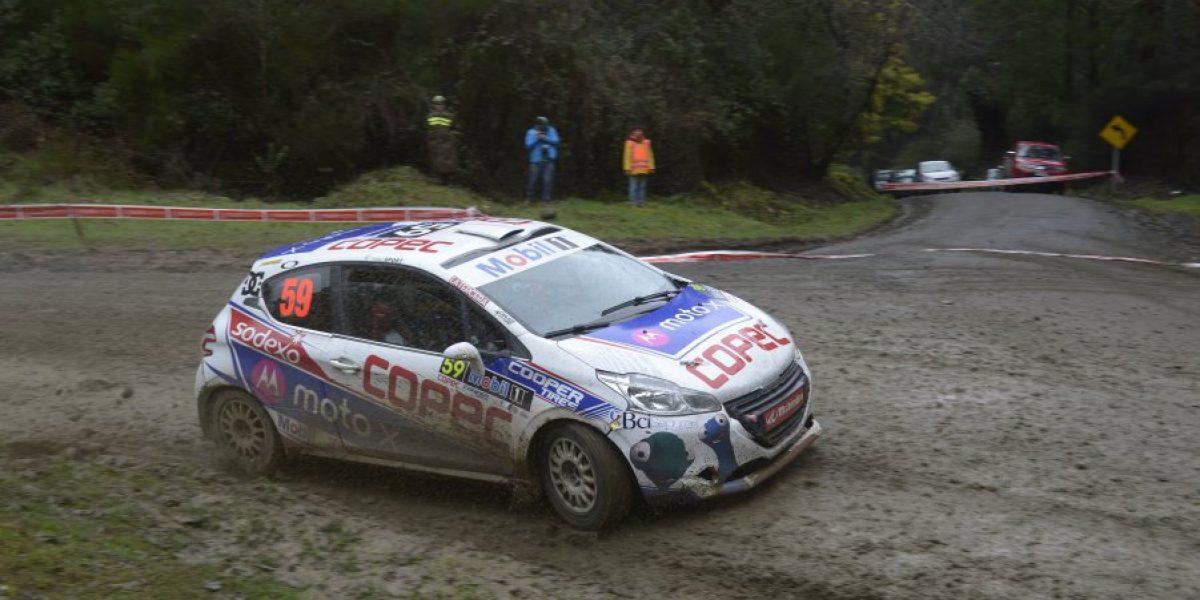 Abandonos, complicaciones en la ruta y festejados: La trastienda del RallyMobil en Osorno