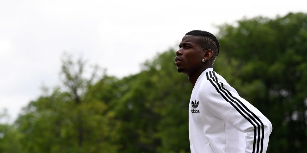 #Pogback: El francés ya está en Manchester para realizarse exámenes médicos con el United