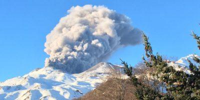 Registran nuevo pulso eruptivo en volcán Nevados de Chillán