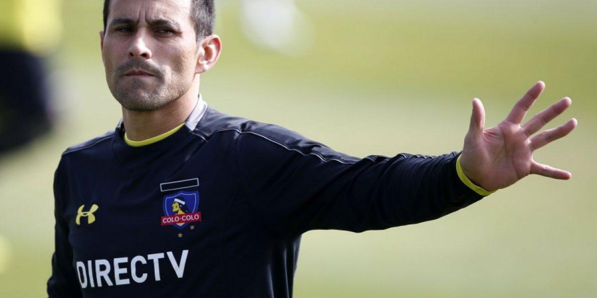 Villar deja atrás lesión y vuelve la lucha por la titularidad con Garcés en Colo Colo