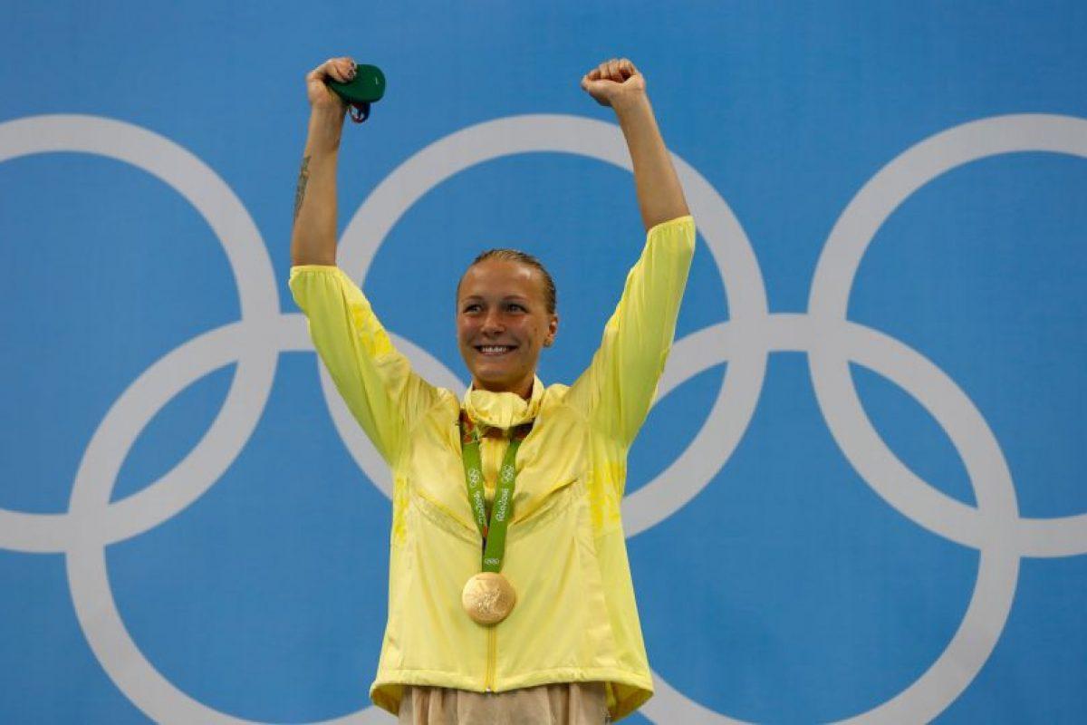 Ledecky no decepcionó en la piscina y sólo compitió contra ella misma para quedarse con el oro, en los 800 metros libres Foto:Getty Images. Imagen Por: