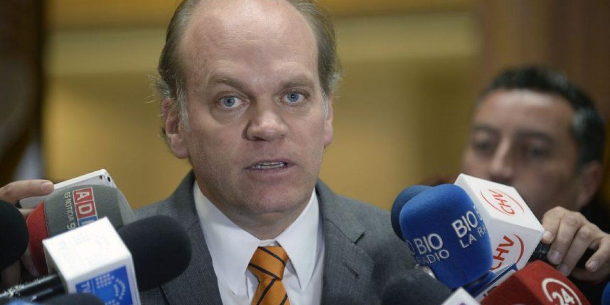 Tribunal de Coyhaique admitió querella por cohecho en contra de Patricio Walker