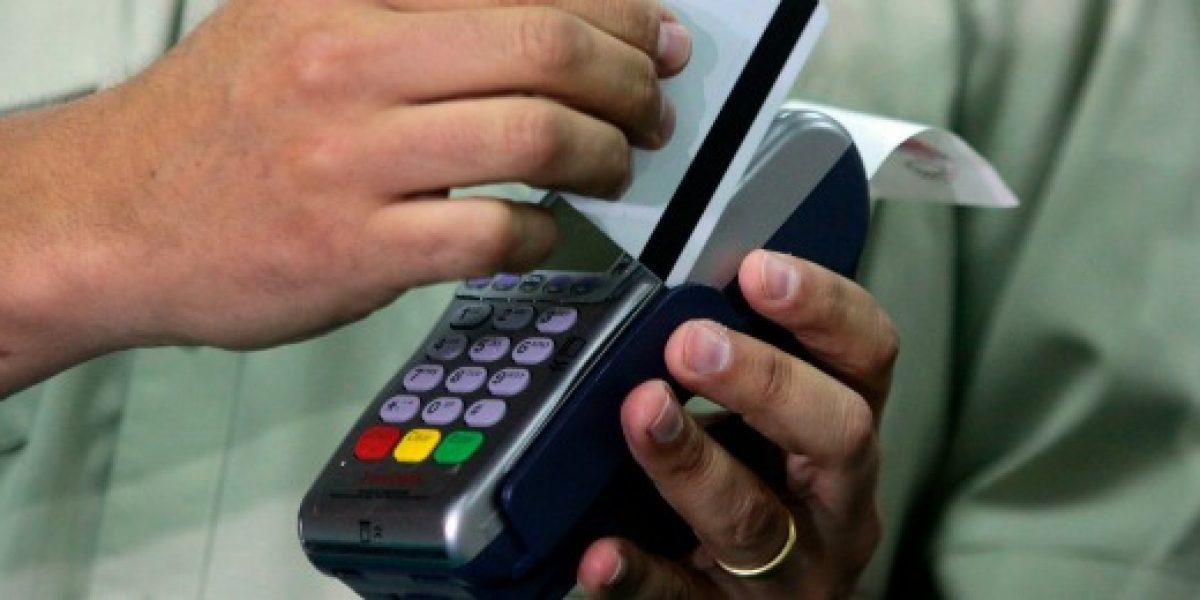 Argentinos lideran compras con tarjeta de extranjeros en Chile