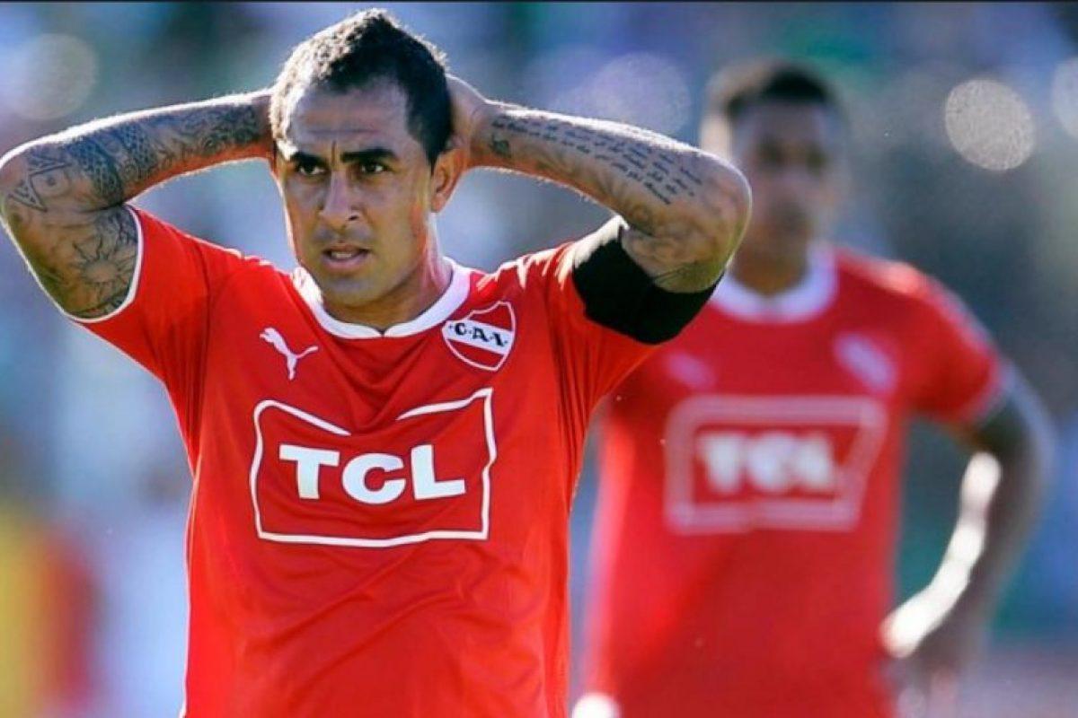 Formó parte de Independiente de Avellaneda en 2000, después se fue a la aventura europea. Pero en 2006 el club argentino lo recuperó por 3.5 millones de euros que pagó a River Plate Foto:Getty Images. Imagen Por: