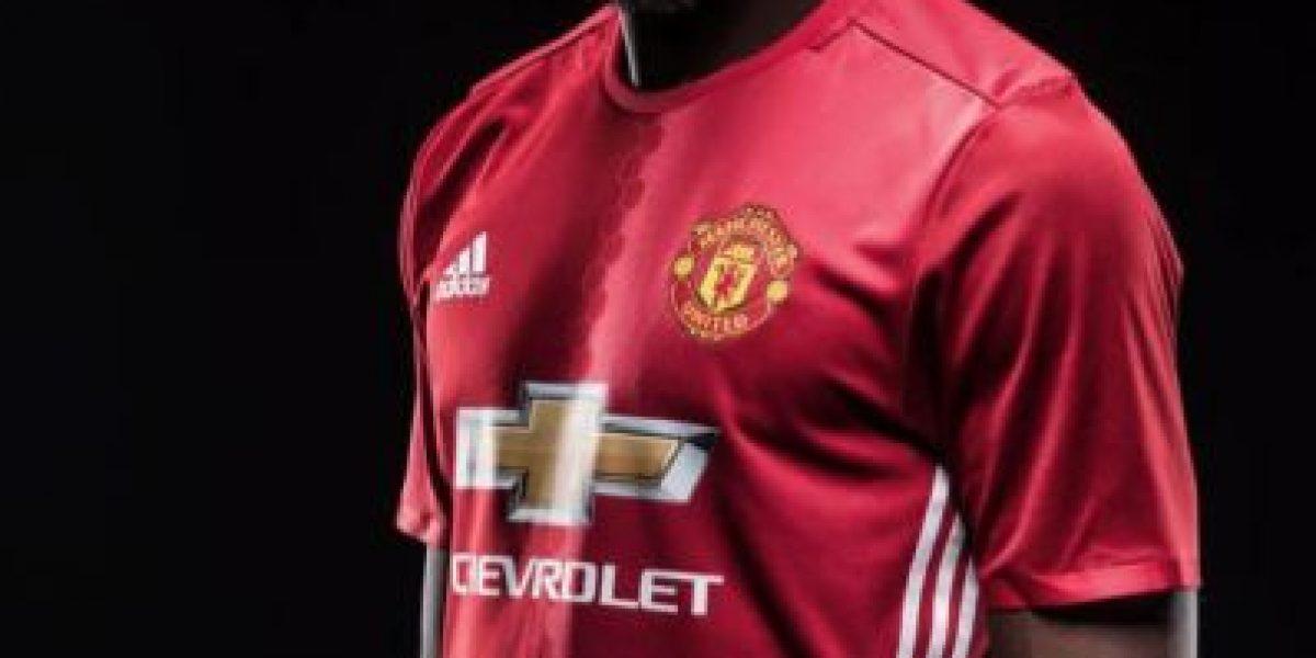 Manchester United y 8 equipos que pagaron para recuperar a futbolistas