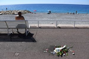 Restringir la venta de alcohol y cerrar los lugares públicos Foto:AFP. Imagen Por:
