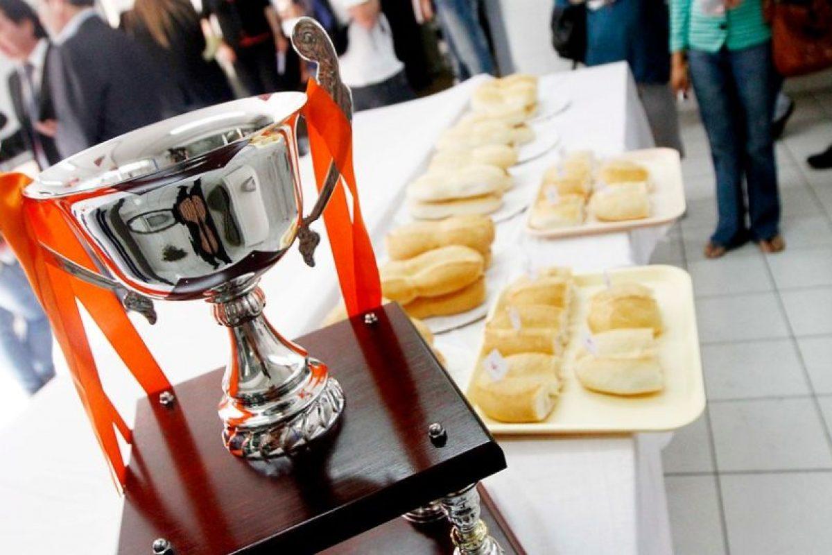 La marraqueta tiene el título de ser las más consumida en los desayunos de los chilenos Foto:Agencia UNO. Imagen Por: