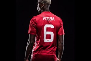Ahora, Manchester United pagó 105 millones de euros para repatriar a Paul Pogba Foto:Twitter. Imagen Por: