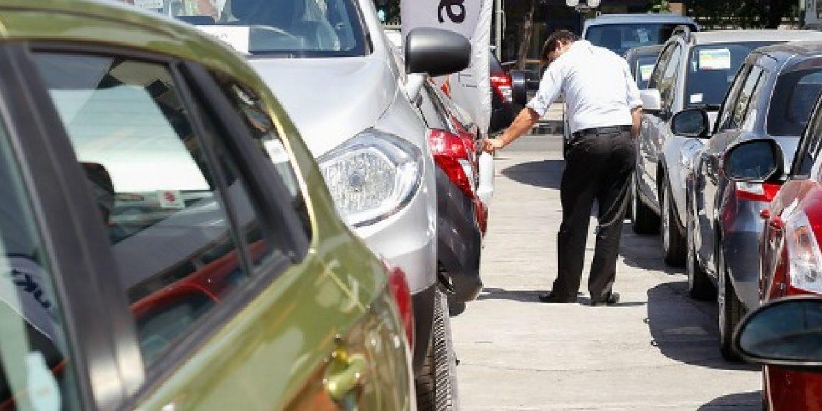 Ventas de autos crecen apenas 1,3% en julio pero mejora proyección para el año