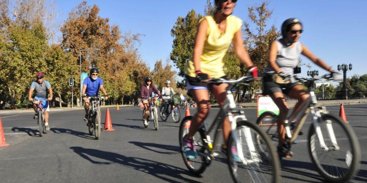 Estudio demuestra que automovilistas pesan 4 kilos más que quienes andan en bici
