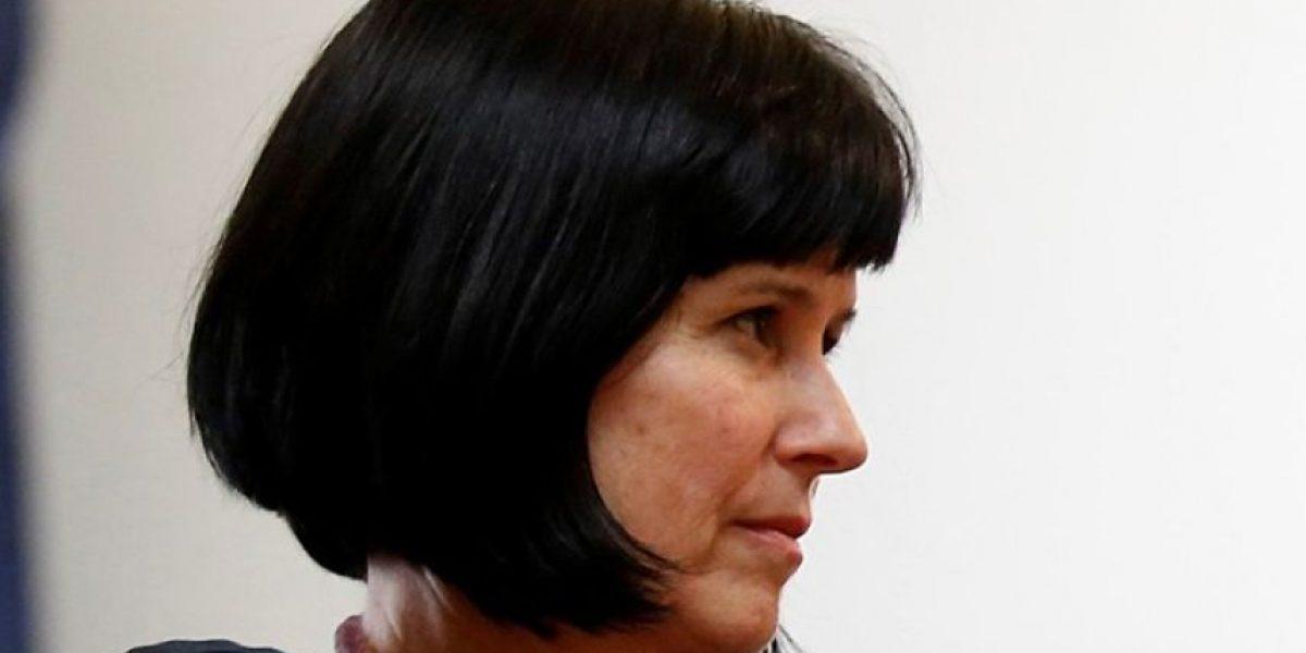 Contraloría ratifica remoción de la rectora Roxana Pey a petición del Mineduc