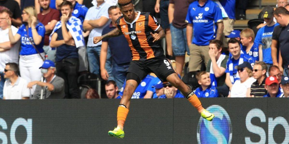 El campeón Leicester tuvo un pobre estreno de corona con derrota ante Hull City