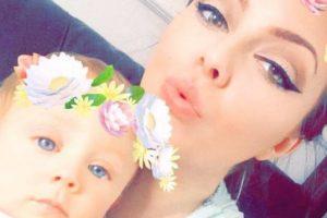 Jackie y su bebé Edward Foto:Facebook/Jackie Owings. Imagen Por: