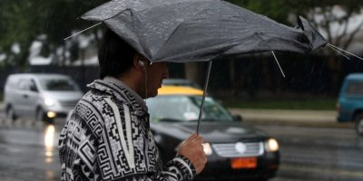 Meteorología declara alerta por lluvias entre La Araucanía y Los Lagos