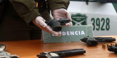 Menor de edad asaltó local en Las Condes para robar cigarrillos