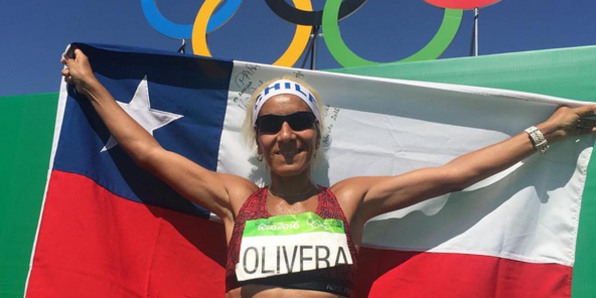 Erika Olivera cierra su ciclo olímpico y establece récord tras llegar 105º en el maratón