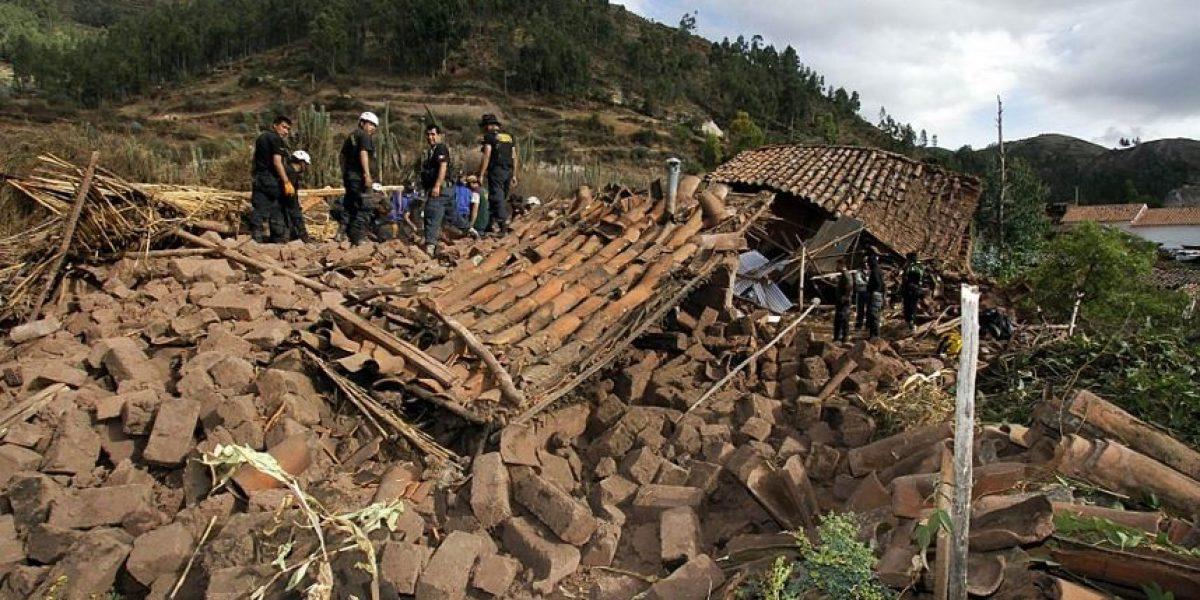 Al menos siete muertos y 10 heridos tras sismo en el sur de Perú