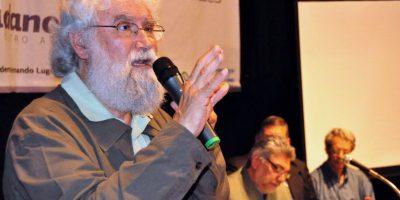 Teólogo brasileño advierte sobre bases militares de EEUU en Argentina