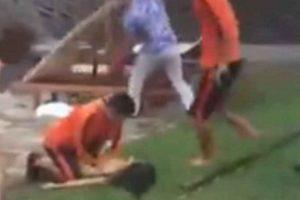 La niña se encontraba nadando cuando sucedió el incidente. Foto:YouTube/kuiskandar syah. Imagen Por: