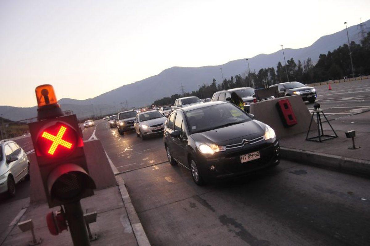 En total se registraron 690 accidentes durante estos días, según informó Carabineros en su último balance. Foto:Agencia UNO. Imagen Por: