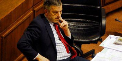 El lío judicial de la familia Horvath: senador presenta demanda contra su propio hijo