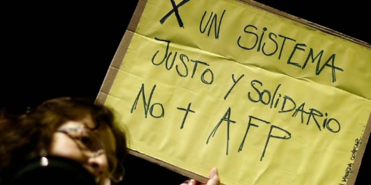 Encuesta: el 61% quiere cambiar las AFP por un sistema solidario