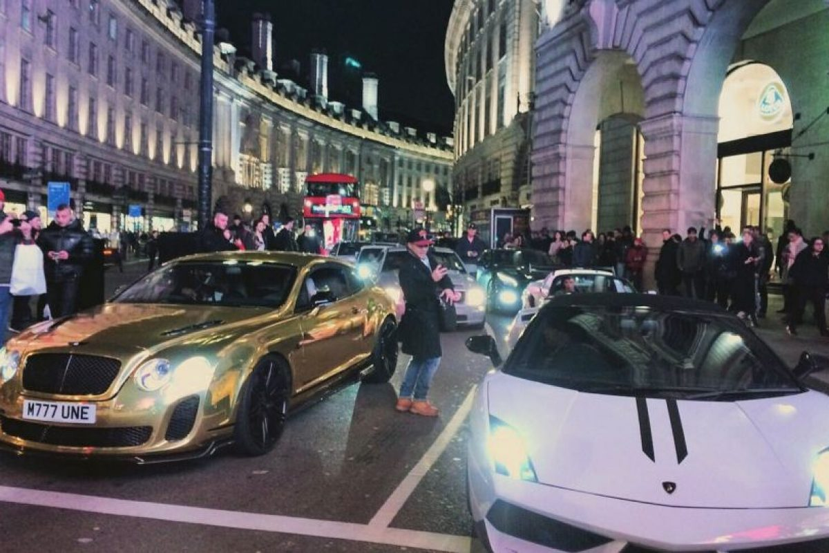 Además de las reacciones que causa en la calle Foto:Twitter.com/RobTM_. Imagen Por: