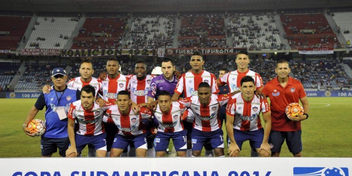 A lo Rogerio Ceni: arquero uruguayo hizo un tremendo golazo en la Sudamericana