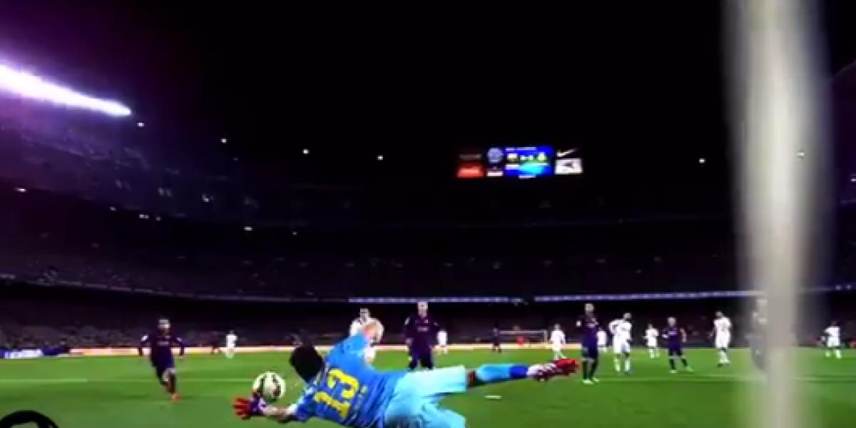 El emotivo homenaje que le dedicaron hinchas del Barça a Claudio Bravo