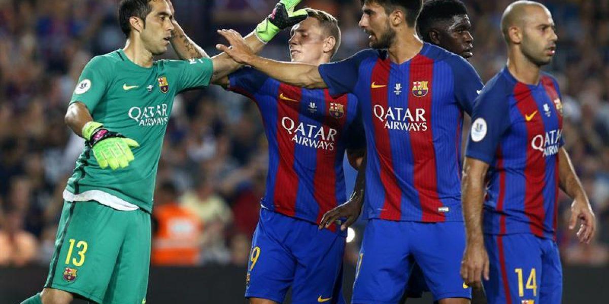 Claudio Bravo fue figura atajando un penal y comienza a despedirse a lo grande del Barça
